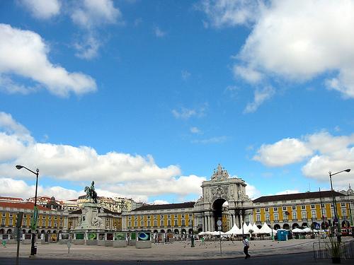 Hol található meg Lisszabon?